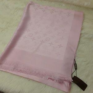 Louis vuitton scarf 80 x 27 inches